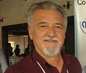 Denis E de Araujo